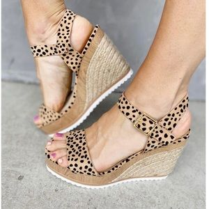 Leopard Espadrille Wedge Sandal Size 7 1/2
